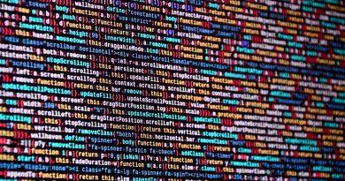 Nauka programowania – na co zwrócić uwagę wybierając formę szkolenia